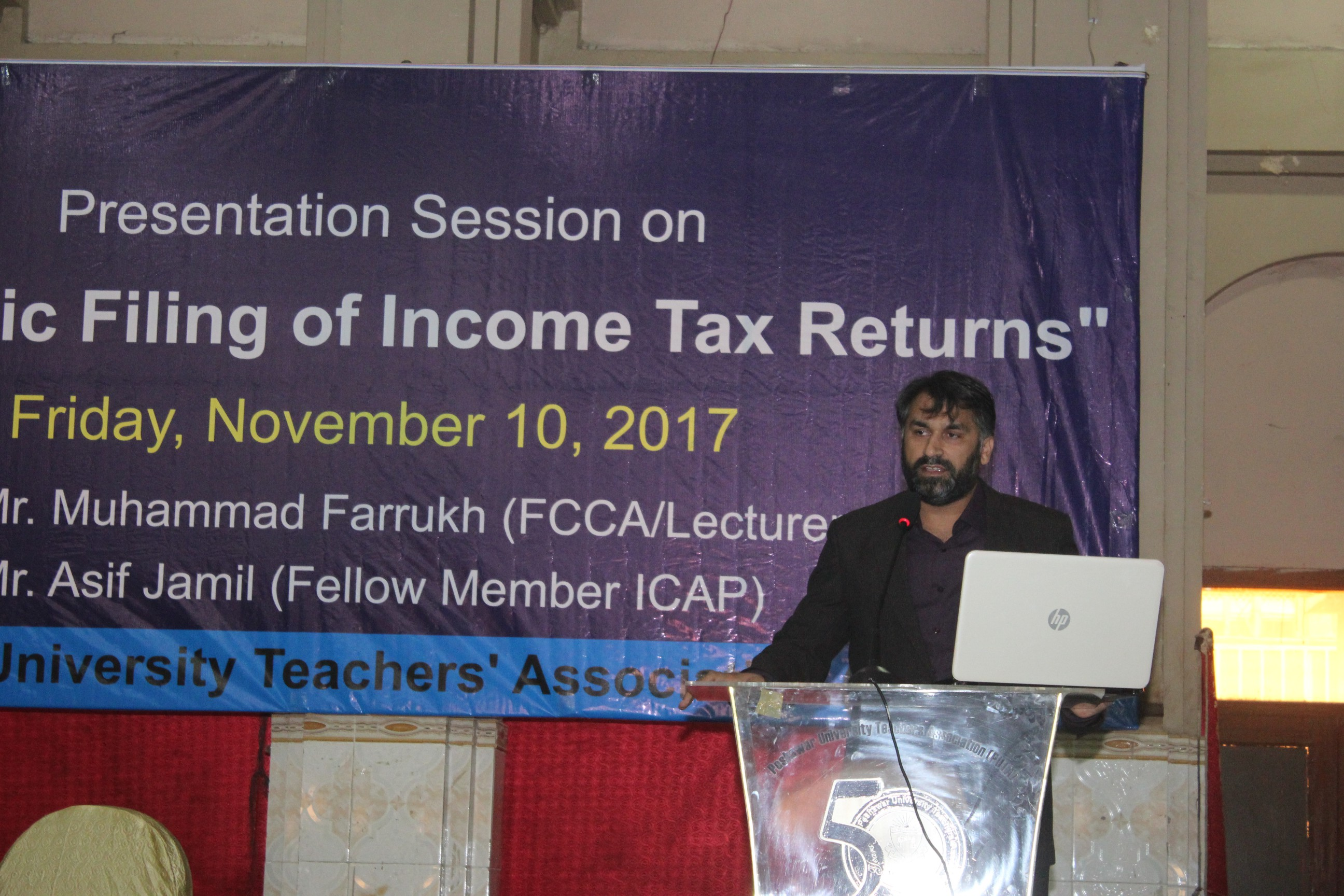 Mr. Asif Jamil, Fellow Member, ICAP addressing  participants on Income Tax Returns
