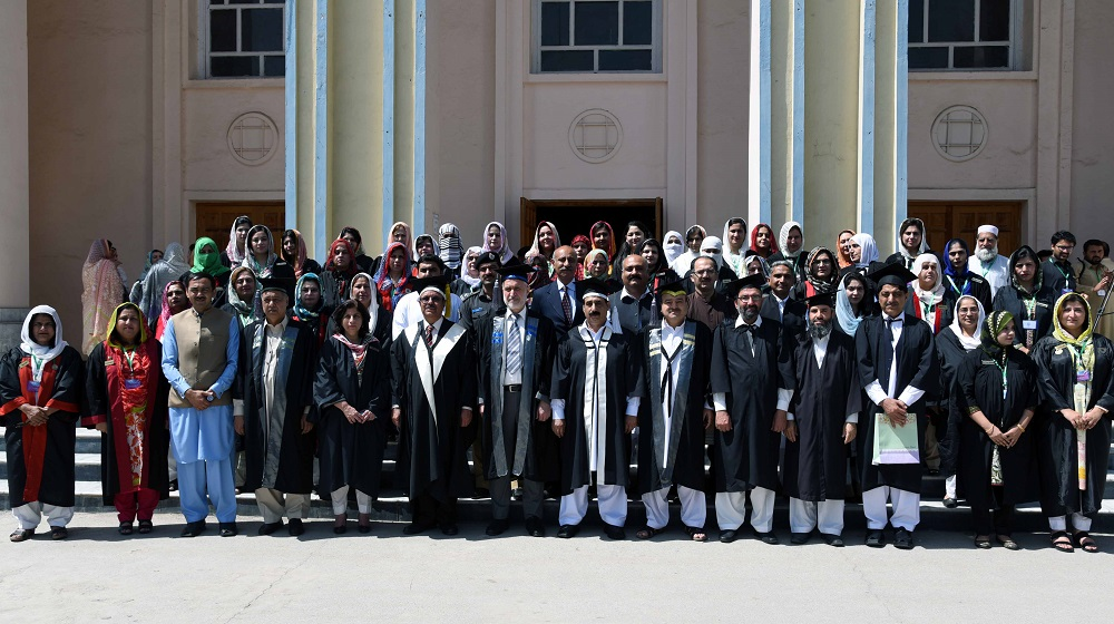 The Vice Chancellor UoP Prof. Dr. Muhammad Asif khan posing with faculty members of Jinnah College for Women at the 22nd convocation of JCW held on Saturday
