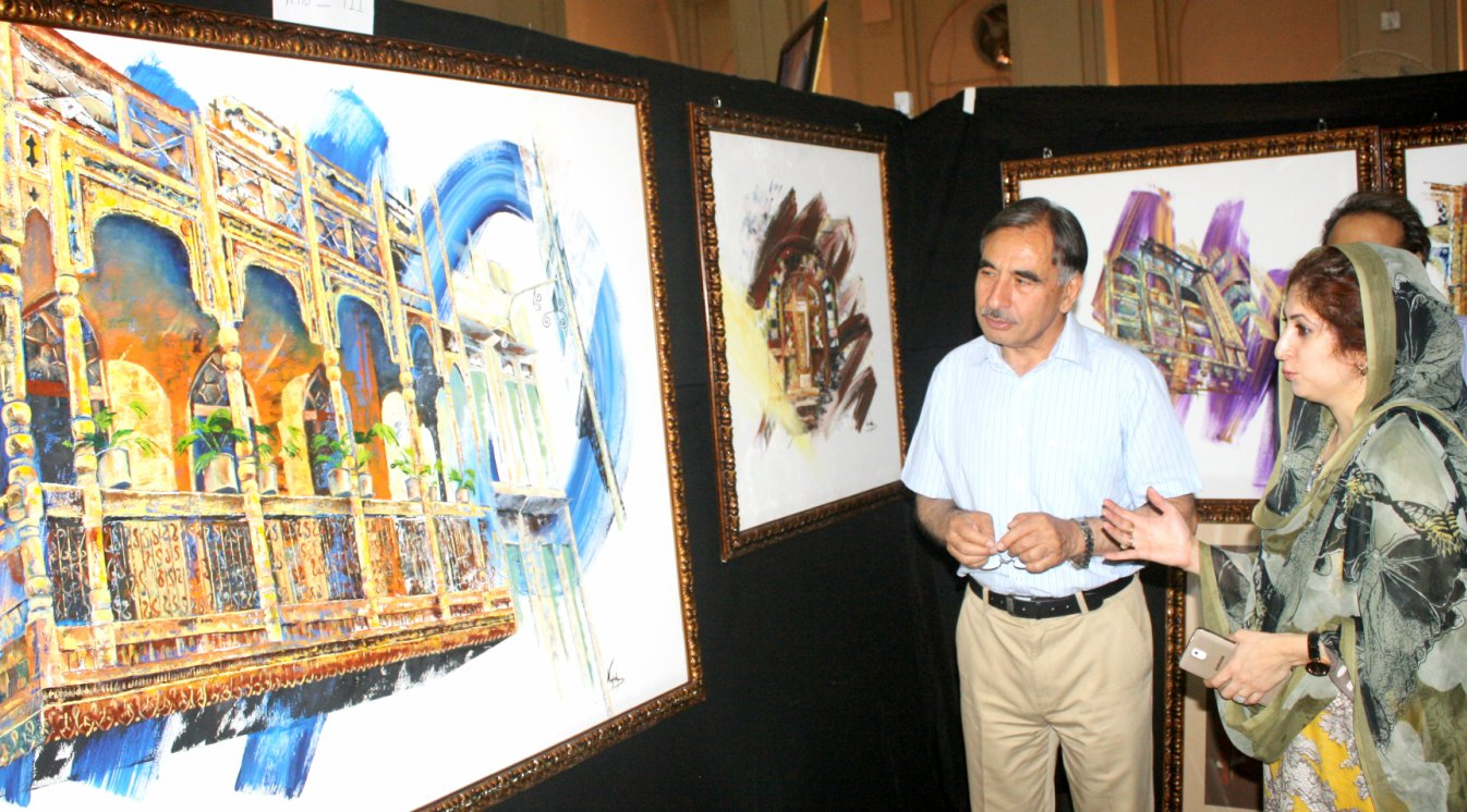 Vice Chancellor UoP Prof. Dr. Muhammad Rasul Jan visiting thesis exhibition arranged by Department of Fine Arts at the UoP