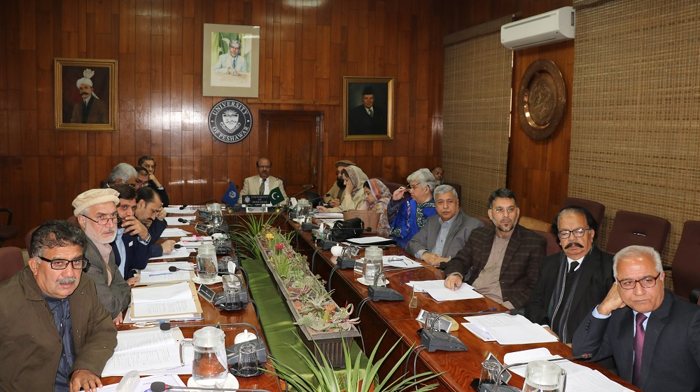 The emergency Syndicate meeting members is looking at the briefing given by Registrar University of Peshawar Prof.Dr.Yorid Ahsan Zia  on financial Challenges at the fore of University of Peshawar on 3rd February, 2020.