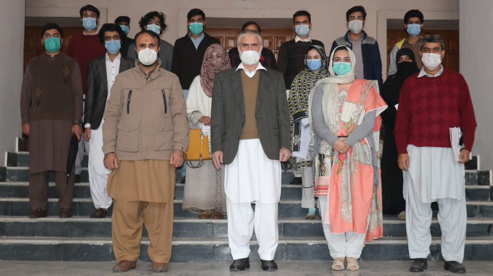 Prof. Dr. Muhammad Abid, Pro-Vice Chancellor University of Peshawar accompanying  Dr Sardar Khan, and BS Coordinator Dr Shehla in a group photo with students of Environmental Sciences Department after awarding scholarship under the Prime Minister's Pakistan Ehsaas Scholarships Program.