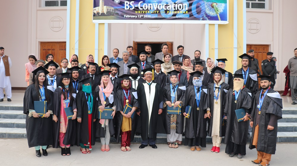 Vice Chancellor University of Peshawar Prof.Dr.Muhammad Asif Khan is posing with the BS gold medalists students from Batch 2011-15 & 2012-16 at the convocation ceremony on 13th February, 2020.