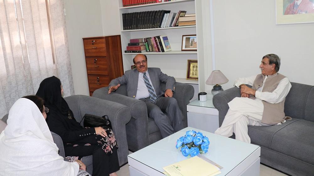 Vice Chancellor University of Peshawar, Prof. Dr. Muhammad Asif Khan along with Farida Nishtar, Ammal Opel and Prof. Fazal ur Rahman Sethi  consulting on reviving community and social services plans at the University of Peshawar
