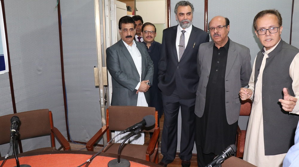 Vice Chancellor University of Peshawar Prof. Dr. Muhammad Asif Khan is visiting campus radio station FM 107.40 studios where, he put emphasis on student centric approach programs and university endeavors in this regard on friday, 26th October.