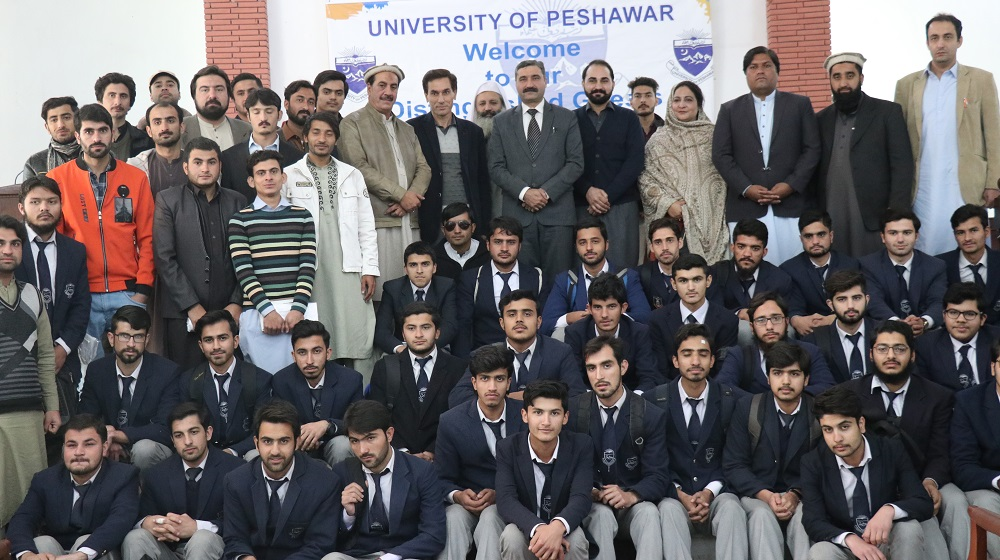 Participants pose for a group photo  in a seminar  on drugs awareness and prevention being arranged at Pashtun cultural museum hall under aegis of Ministry of Narcotics Control and University of Peshawar on Tuesday 18th December, 2018