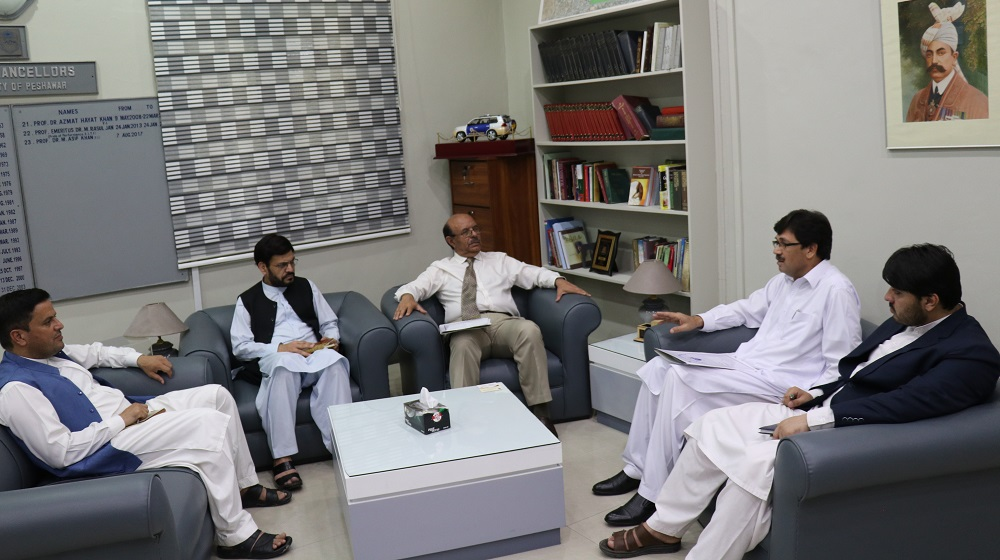Afghan consul general Muhammad Hashim Niazi is meeting with Vice Chancellor University of Peshawar Prof. Dr. Muhammad Asif Khan for discussing issues related to  Afghan students scholarships and  opportunities avenues for academic collaboration on 7th May, 2019.