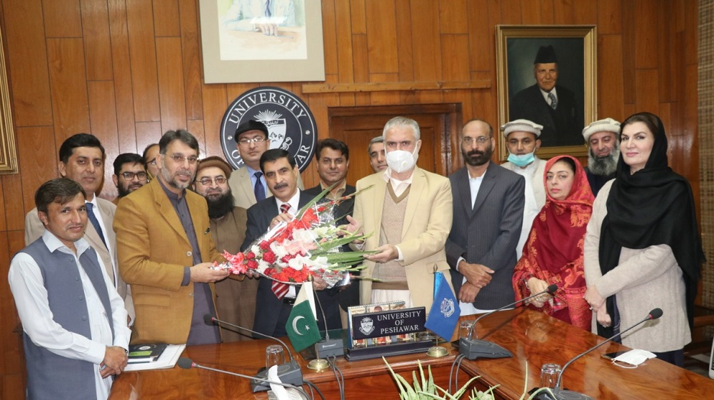 PUTA had a nice meeting with Prof. Dr. Muhammad Idrees, the new Vice Chancellor UoP who assured to work jointly as a team for the academic and financial uplift of the University.