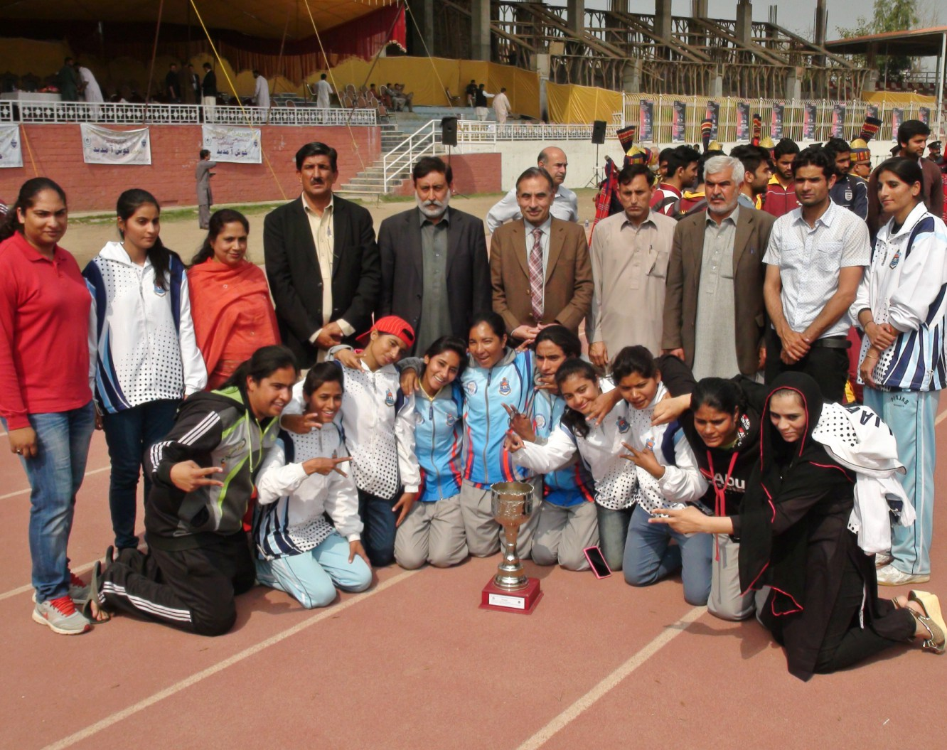 Vice Chancellor UoP Prof. Dr. Muhammad Rasul Jan in a group photo with participants of Inter University Sports event arranged by the UoP
