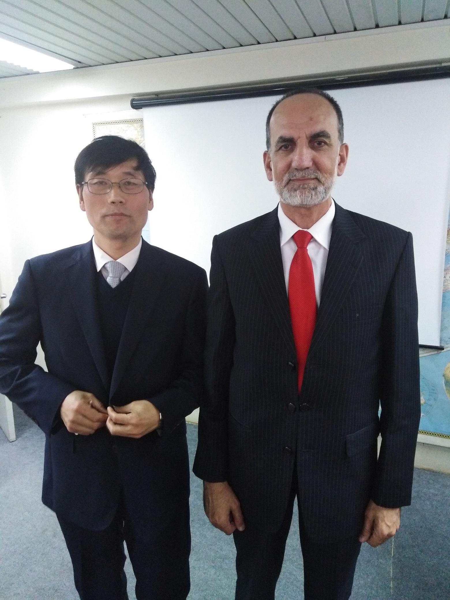 Dr. Zahid Anwar