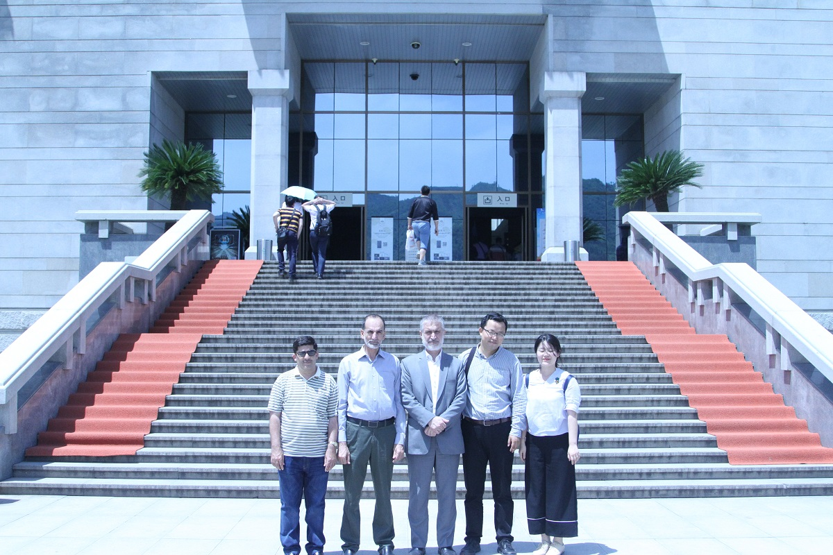 Vice-Chancellor University of Peshawar visit to Xian, China